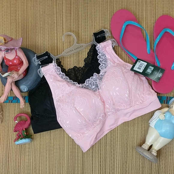 9e77d2fe35 Laura Ashley two-piece seamless bras black pink